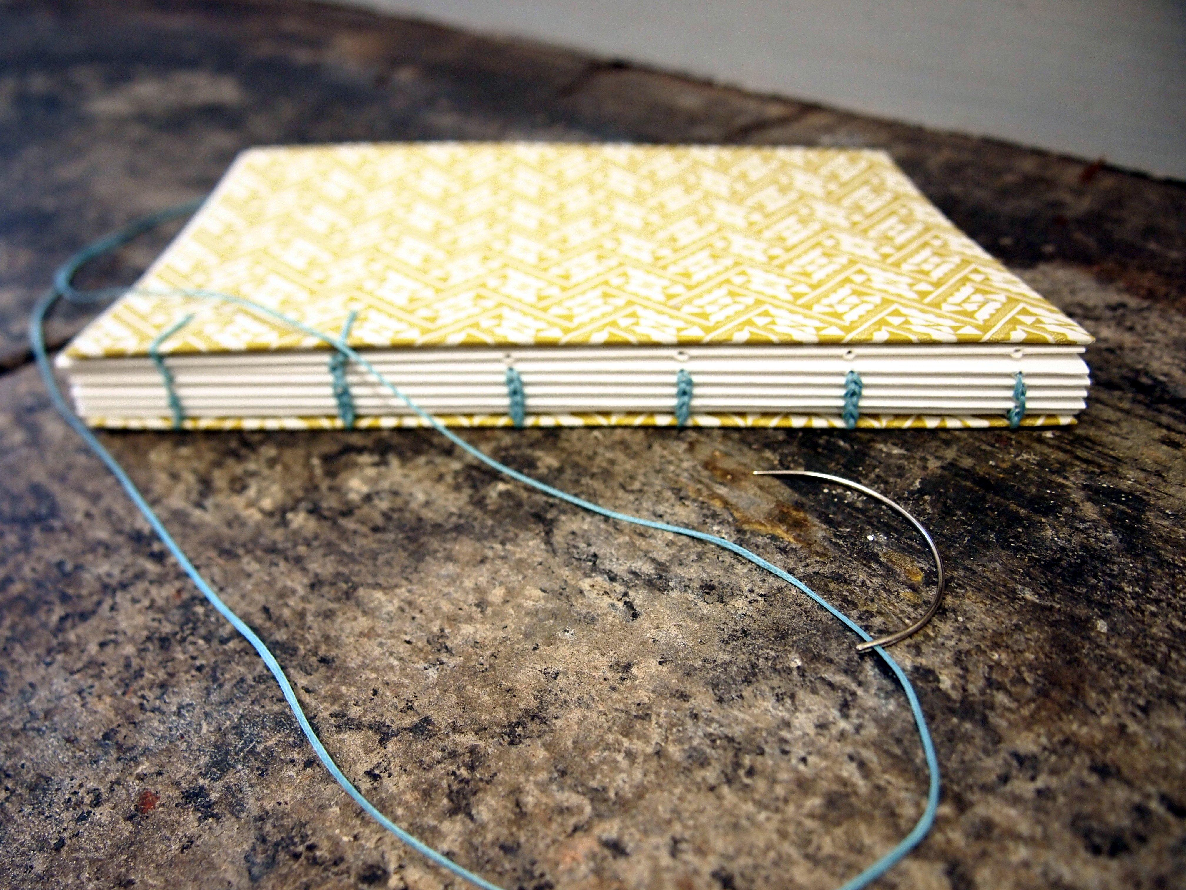 Curved Bookbinding Needles - Coptic Binding