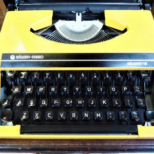 Silverette Silver Reed Typewriter