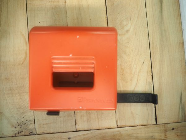 Vintage Hole Punch - red